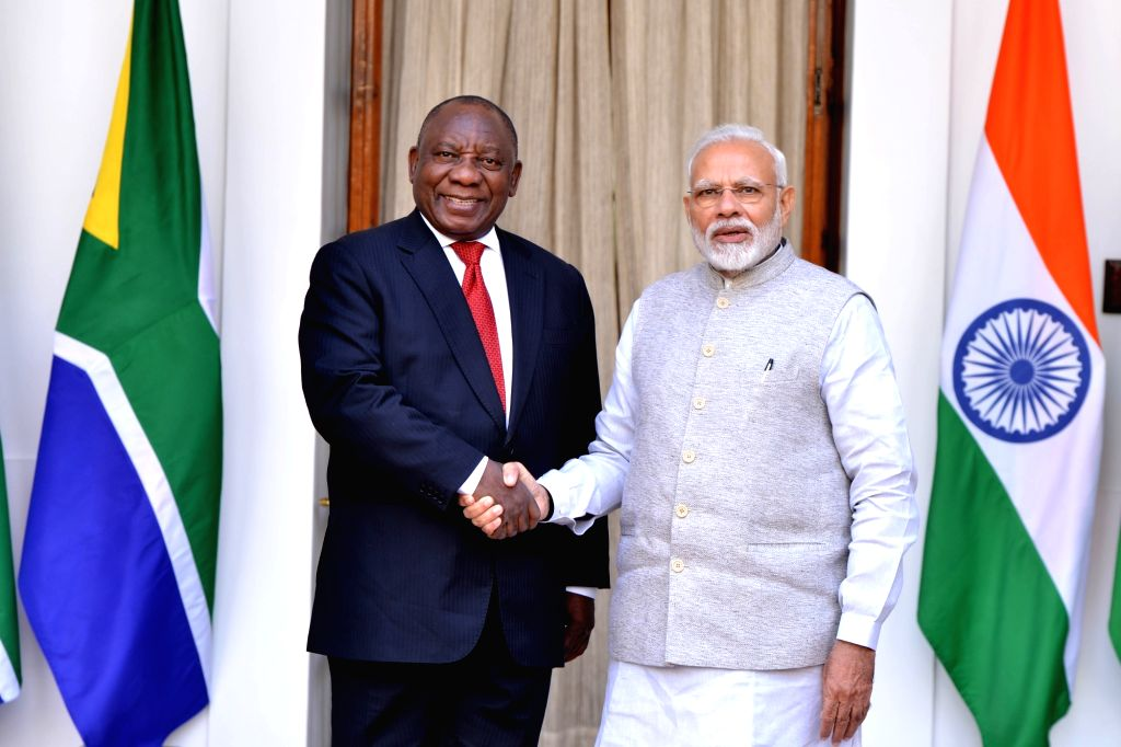 New Delhi: Prime Minister Narendra Modi meets South African President Matamela Cyril Ramaphosa at Hyderabad House ahead of delegation level talks, in New Delhi on Jan 25, 2019. (Photo: IANS) - Narendra Modi