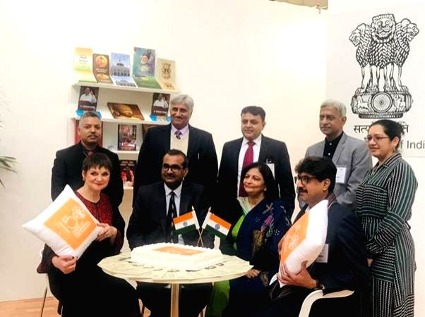 New Delhi: Publications Division DG Sadhana Rout and Ministry of Information and Broadcasting Joint Secretary Vikram Sahay at the inauguration of the India Pavilion at London Book Fair at Pragati Maidan in New Delhi. (Photo: IANS/PIB)