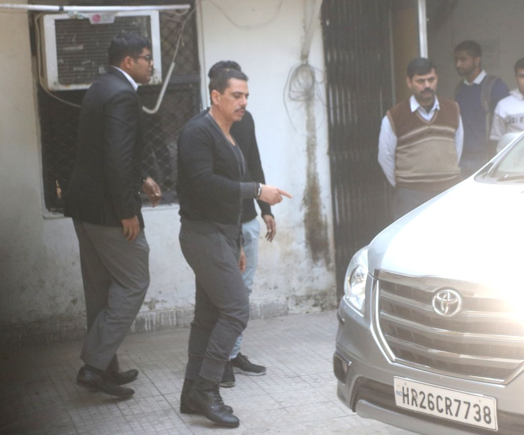 New Delhi: Robert Vadra, brother-in-law of Congress President Rahul Gandhi, leaves for lunch from Enforcement Directorate office where he is being questioned in a money laundering case in New Delhi on Feb 7, 2019. (Photo: IANS) - Rahul Gandhi