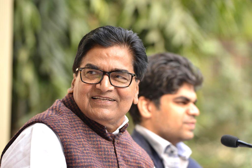 New Delhi: Samajwadi Party leader Ramgopal Yadav addresses a press conference in New Delhi on Dec 5, 2017. (Photo: IANS) - Ramgopal Yadav
