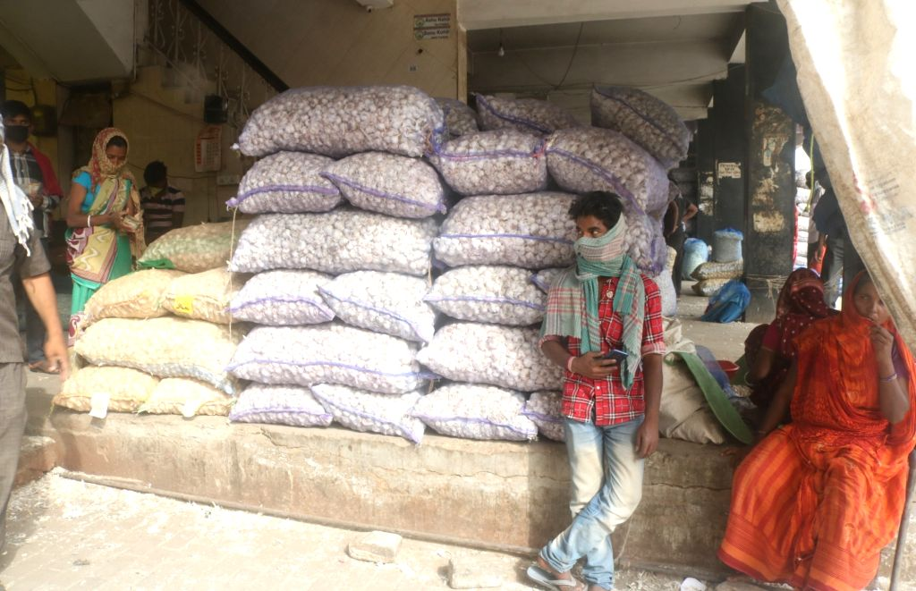 New Delhi: Social distancing orders not being followed at the the largest wholesale fruit and vegetable market in the country, the Azadpur Subzi Mandi during the extended nationwide lockdown imposed to mitigate the spread of COVID-19 pandemic, in New