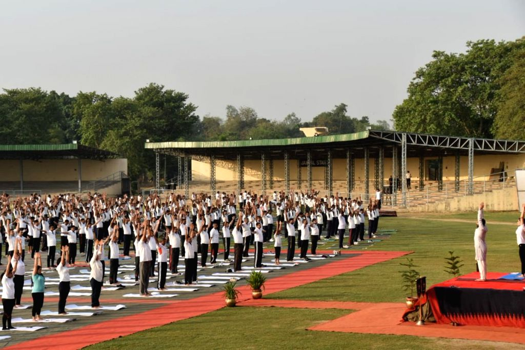 New Delhi: Soldiers of Indian Army practice yoga asanas -postures- on International Yoga Day 2019 in New Delhi on June 21, 2019. (Photo: IANS/Indian Army)