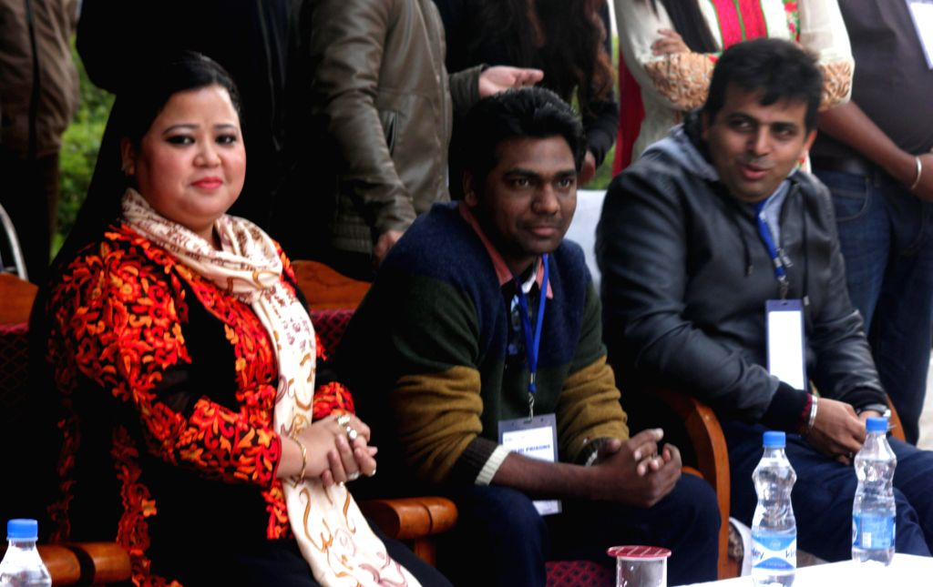 Stand-up comedian and actress Bharti Singh during a programme `Spread Cheer Campaign` organised by Comedy Central channel at Tihar Jail in New Delhi  on Dec 18, 2014.