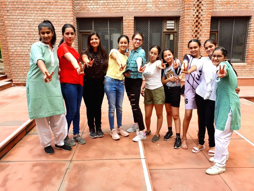 New Delhi : Students celebrate after CBSE declared 10th Board result, at St. Thomas School, Mandir Marg in New Delhi on Tuesday, August 03, 2021.(Photo: Anupam Gautam/IANS)
