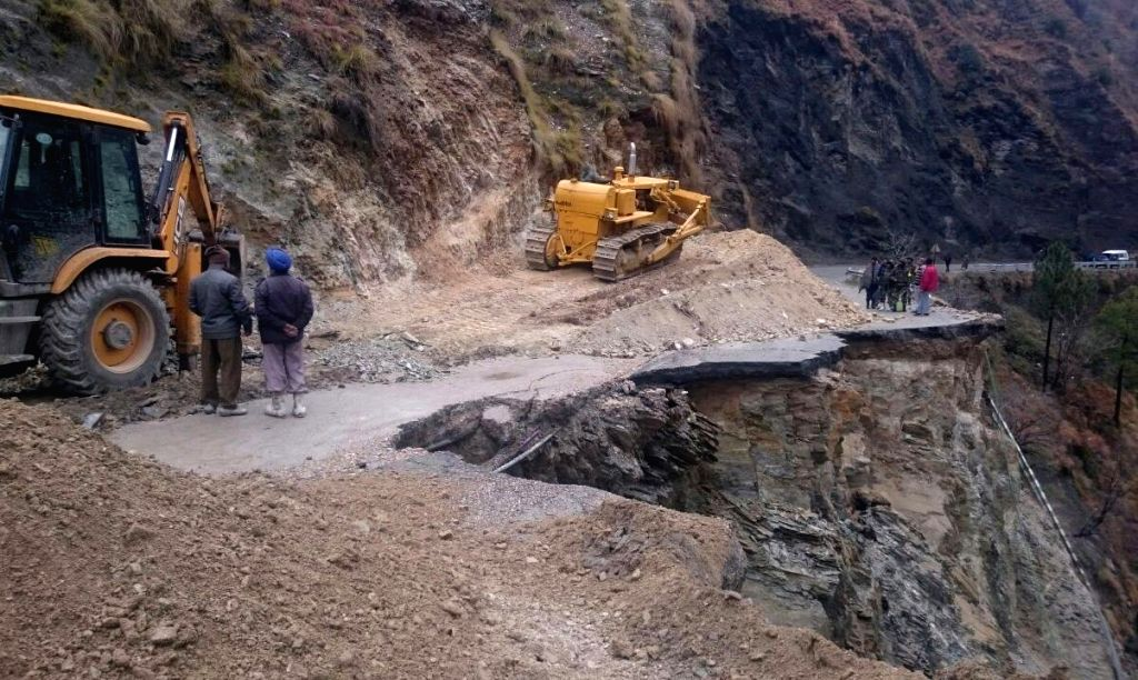 The 300-km long Jammu-Srinagar national highway remains closed for vehicular traffic due to landslides triggered by heavy rainfall at Makarkot area in Ramban district of Jammu and Kashmir ...