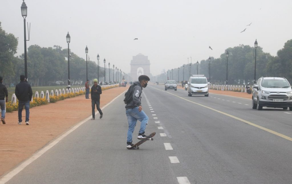 New Delhi: The capital woke up to a cloudy morning on Feb 12, 2018. According to the weather office, cloudy weather brought the minimum temperature to 13 degrees Celsius, three notches above the season's average. At least 12 trains were cancelled, 13
