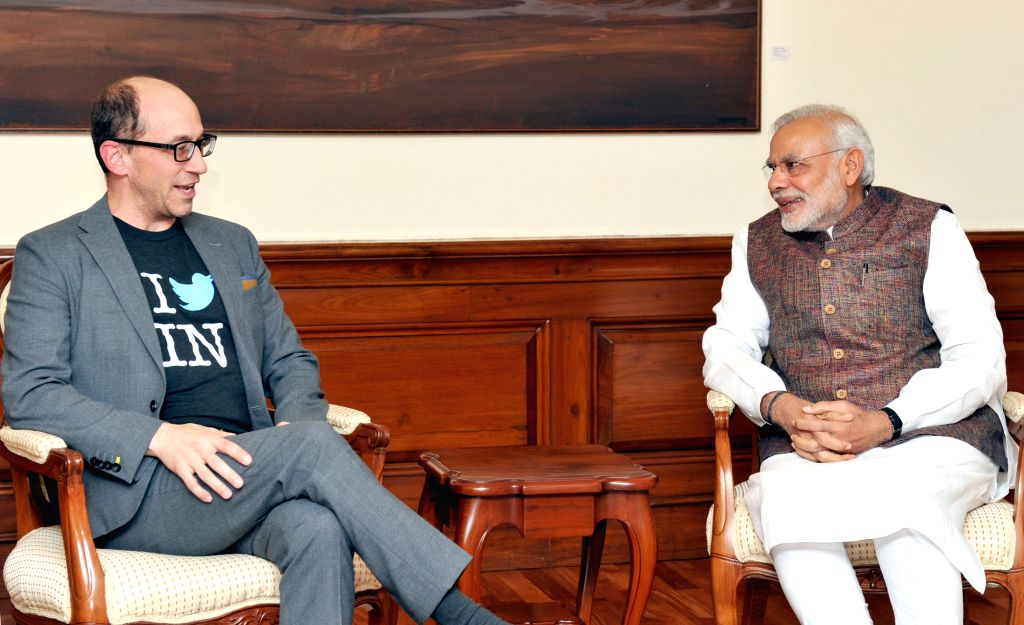 The CEO of Twitter Dick Costolo calls on Prime Minister Narendra Modi, in New Delhi on March 24, 2015. - Narendra Modi