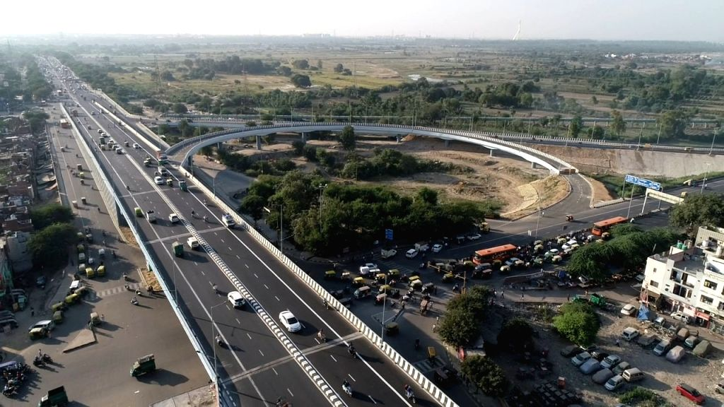 New Delhi: The newly inaugurated Seelampur-Shastri Park flyover that was thrown open to the commuters, in New Delhi on Oct 24, 2020. (Photo: IANS)
