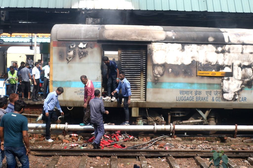 New Delhi: The rear power car of the Chandigarh-Kochuvalli Express where a fire broke out at 1.40 p.m. at platform No. 8. of the New Delhi Railway Station, on Sep 6, 2019. No one was injured in the incident. The fire has been doused. (Photo: IANS)