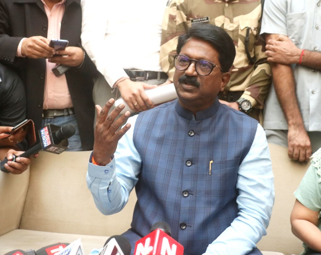 New Delhi: The Shiv Sena's sole representative in the Cabinet, Union Minister for Heavy Industries Arvind Sawant addresses a press conference ahead of submitting his resignation papers, in New Delhi on Nov 11, 2019. (Photo: IANS)