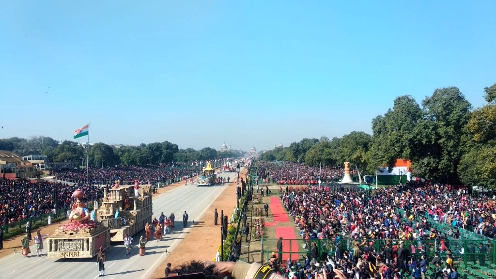 New Delhi: The state tableau of Gujarat rolling down the Rajpath during full dress rehearsals ahead of the Republic Day parade 2020, in New Delhi on Jan 23, 2020. (Photo: IANS)