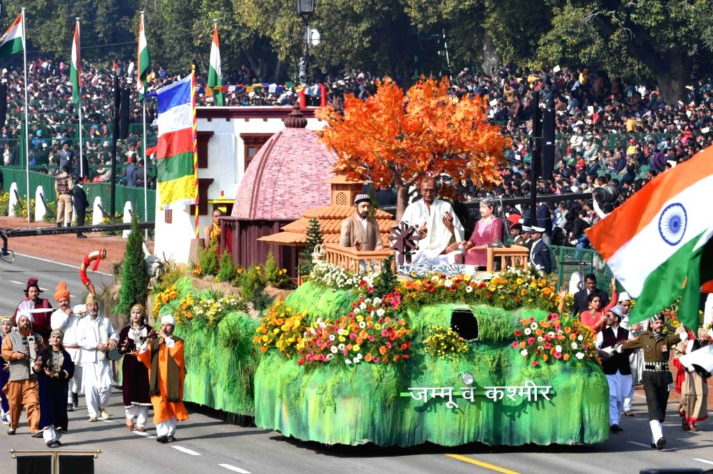 New Delhi: The tableau of Jammu and Kashmir during 2019 Republic Day Parade at Rajpath in New Delhi on Jan 26, 2019. (Photo: IANS/RB)