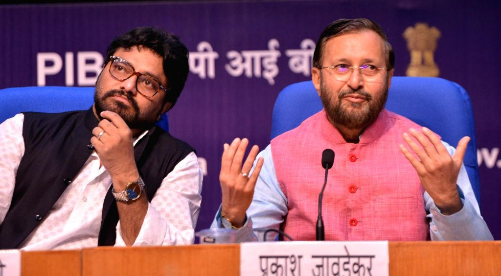 New Delhi: Union Environment, Forest and Climate Change Minister Prakash Javadekar accompanied by Union MoS Environment, Forest and Climate Change Babul Supriyo during a press conference in New Delhi, on Aug 27, 2019. (Photo: IANS) - Prakash Javadekar