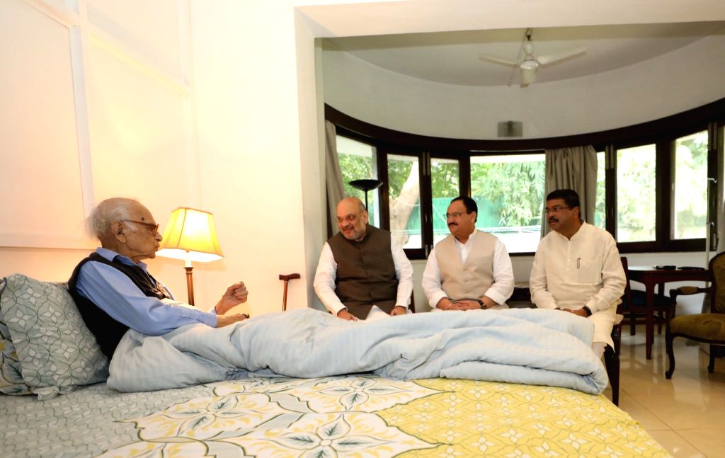 New Delhi: Union Ministers Amit Shah and Dharmendra Pradhan meets former Jammu and Kashmir Governor Jagmohan Malhotra in New Delhi on Sep 3, 2019. Also seen BJP working president JP Nadda. (Photo: Twitter/@AmitShah) - Ministers Amit Shah, Dharmendra Pradhan and Jagmohan Malhotra