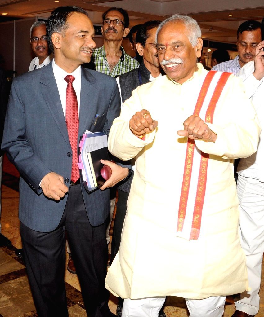 Union MoS for Labour and Employment (Independent Charge) Bandaru Dattatreya with the Director General of Employment and Training & Joint Secretary, Ministry of Labour and Employment ...