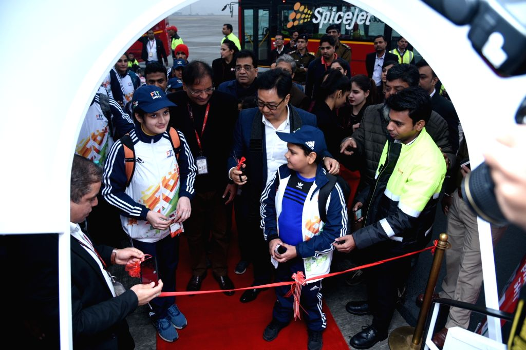 New Delhi: Union MoS Youth Affairs and Sports Kiren Rijiju accompanied by SpiceJet Chairman and MD Ajay Singh, inaugurates the first Khelo India SpiceJet flight during the sending of ceremony of the athletes leaving for Khelo India Games, in New Delh - Ajay Singh