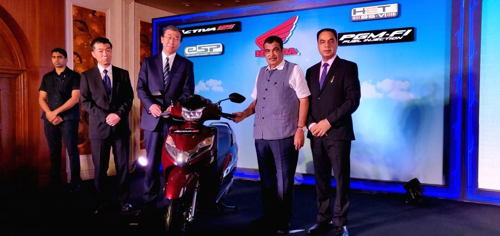 New Delhi: Union Transport Minister Nitin Gadkari at the launch of Honda 2Wheelers India's BS VI two wheeler in New Delhi on Sep 11, 2019. (Photo: Bidesh Manna/IANS) - Nitin Gadkari