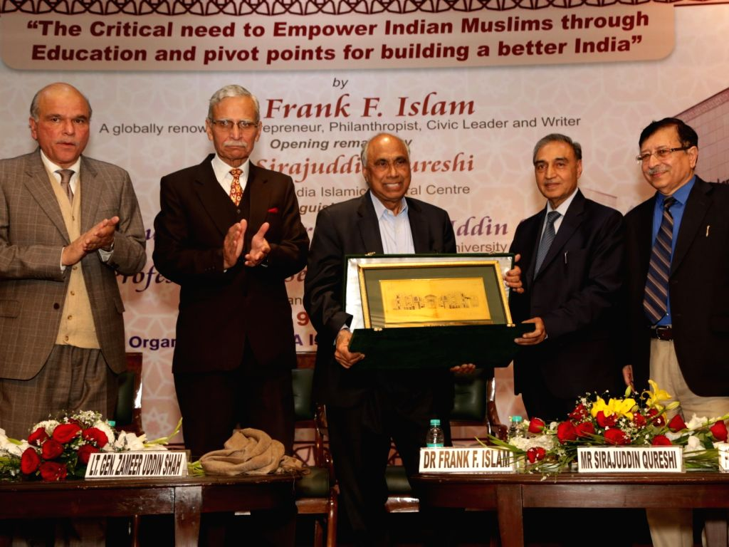 """New Delhi: US-based Muslim philanthropist Frank F. Islam, Indian Islamic Cultural Centre (IICC) President Sirajuddin Qureshi, Lt Gen (retired) Zameeruddin Shah and others during a lecture on """"The Critical need to Empower Indian Muslims through Educat - Zameeruddin Shah"""