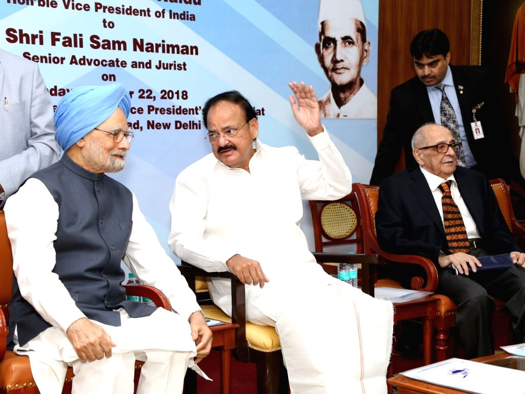 : New Delhi: Vice President M. Venkaiah Naidu, Former Prime Minister Manmohan Singh and senior Supreme Court lawyer and Jurist Fali S. Nariman during 19th Lal Bahadur Shastri National Award for ...