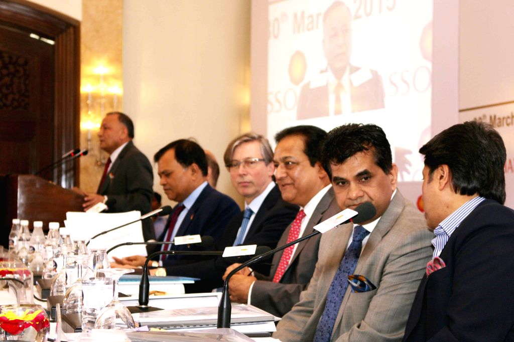 Yes Bank MD and CEO Rana Kapoor, Secretary, Department of Industrial Policy and Promotion (DIPP) Amitabh Kant, Industrialist Sandeep Jajodia and others during the 10th Managing Committee ... - Kapoor