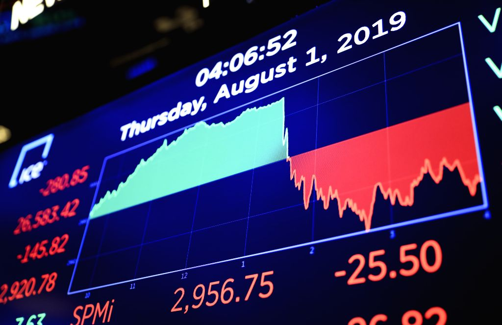 NEW YORK, Aug. 1, 2019 - Electronic screen shows the trading chart at the New York Stock Exchange in New York, the United States, Aug. 1, 2019. U.S. stocks ended lower on Thursday, as investors ...