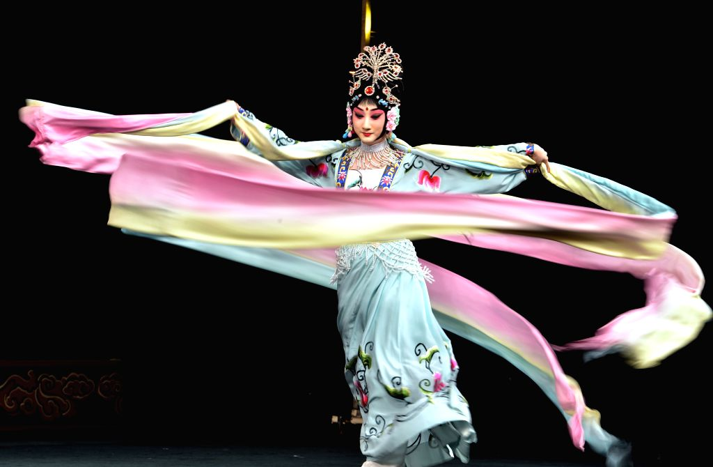 """Actress Dou Xiaoxuan performs Peking Opera """"The Goddess of Heaven Scatters Flowers"""" during a preview for media at Lincoln Center in New York City, the ... - Dou Xiaoxuan"""
