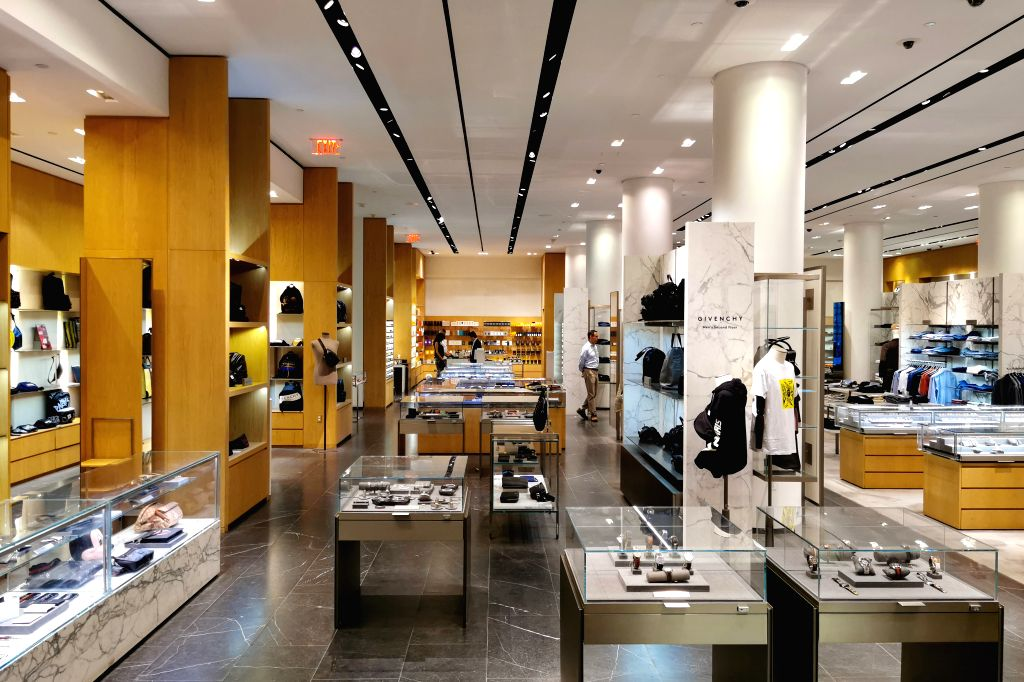 NEW YORK, Aug. 9, 2019 - Photo taken on Aug. 8, 2019 shows the interior of Barneys New York flagship store in Manhattan, New York, the United States. Barneys New York on Tuesday said that it's filing ...