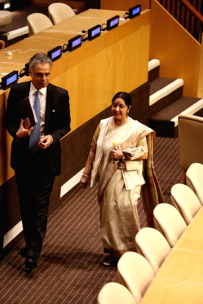 New York: External Affairs Minister Sushma Swaraj and India's Permanent Representative to the UN Syed Akbaruddin during United Nations General Assembly (UNGA) at the United Nations headquarters in ... - Sushma Swaraj