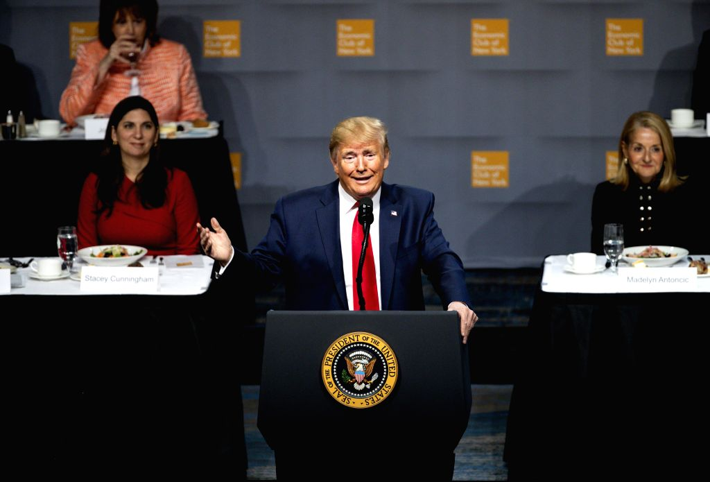 NEW YORK, Nov. 12, 2019 - U.S. President Donald Trump (C) delivers a speech at the Economic Club of New York in New York, the United States, Nov. 12, 2019. Trump on Tuesday criticized Federal ...
