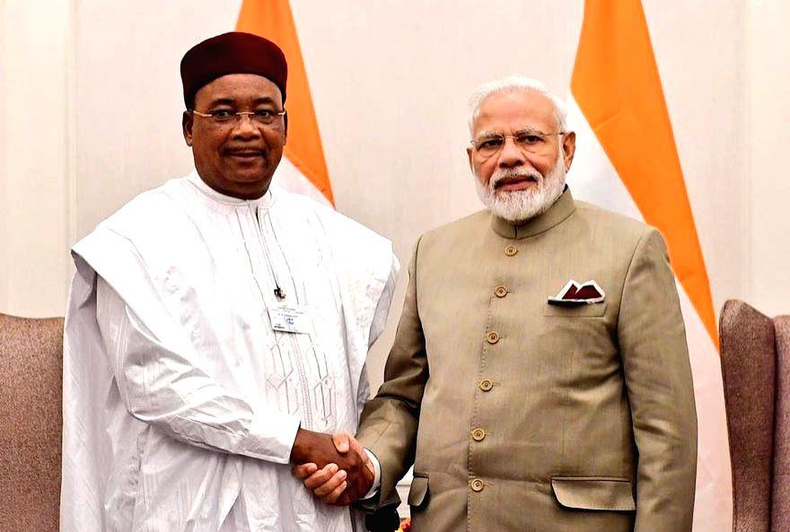 New York: Prime Minister Narendra Modi meets President of Niger Mahamadou Issoufou in New York, US on Sep 24, 2019. (Photo: IANS/MEA) - Narendra Modi