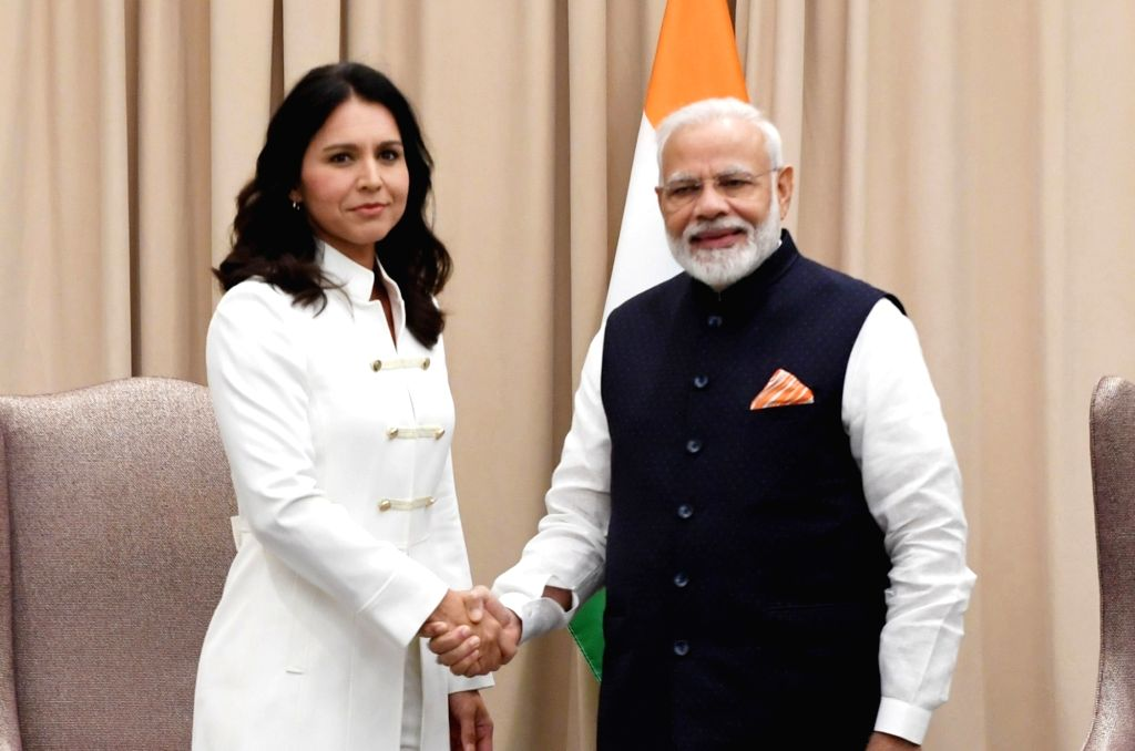 New York: Prime Minister Narendra Modi meets the US Presidential candidate Tulsi Gabbard, in New York on Sep 27, 2019. - Narendra Modi