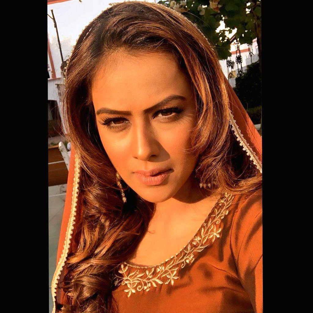 Nia Sharma lives out 'desi' girl vibes as new video crosses 7mn mark.(photo:Instagram) - Nia Sharma