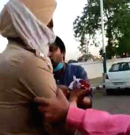 Nihangs chop off Punjab cop's hand, 11 held after operation.