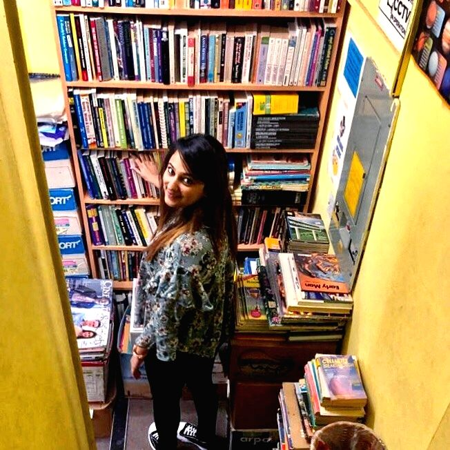 Niki- @thebookelf_ The IIM Bangalore graduate is a digital content creator and a book reader and reviewer.