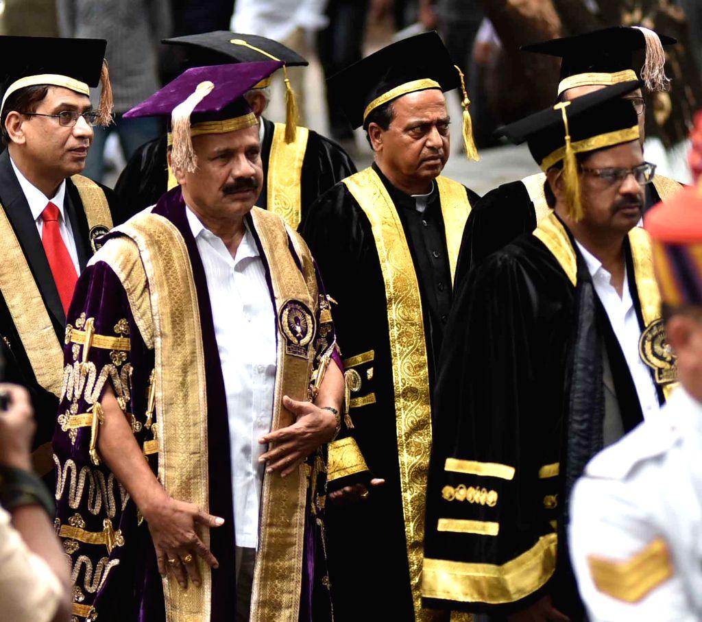 nion Law Minister D V Sadananda Gowda during convocation ceremony of NALSAR University of Law in Hyderabad, on Aug 16, 2015. - D V Sadananda Gowda