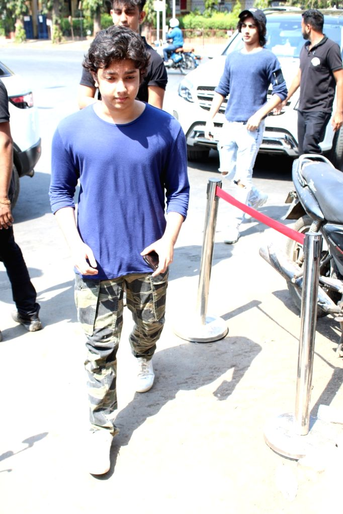 Nirvaan Khan, son of actor Sohail Khan and Seema Sachdev Khan seen in Mumbai's Bandra, on March 31, 2019. - Sohail Khan, Nirvaan Khan and Seema Sachdev Khan