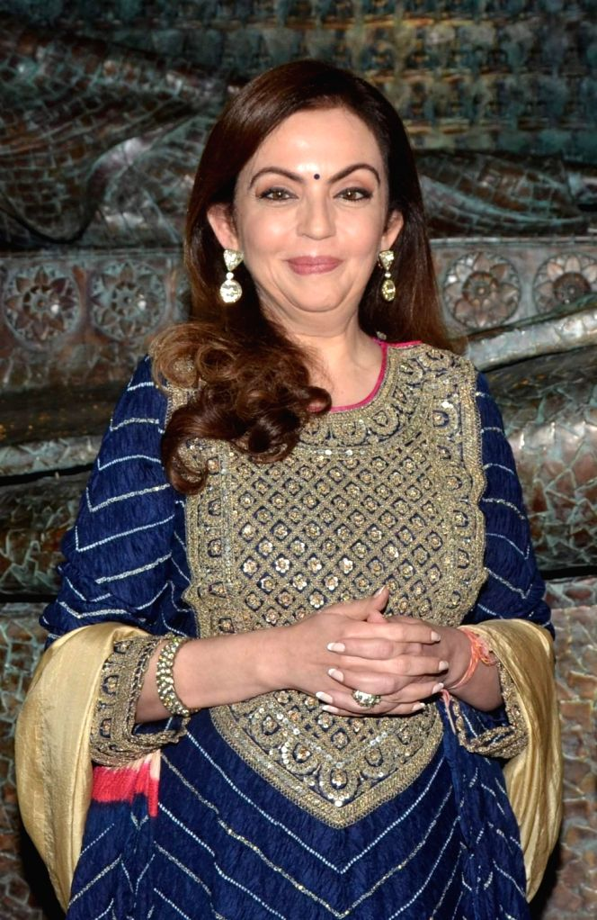 Nita Ambani, Chairperson and Founder, Reliance Foundation during the inauguration of sculptor Satish Gupta's show The Silent Eternity, in Mumbai, on Nov 29, 2016. - Nita Ambani and Satish Gupta