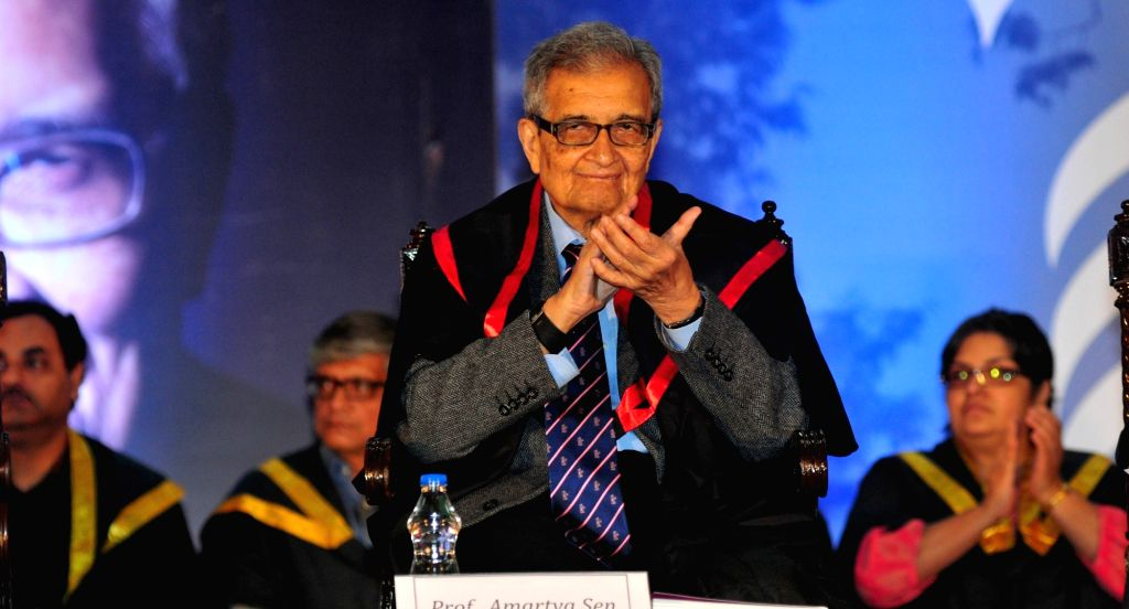 Nobel Laureate Amartya Sen at the Special Convocation of the  Presidency University where was conferred D.Litt. (Honoris Causa), in Kolkata, on Jan 20, 2016.
