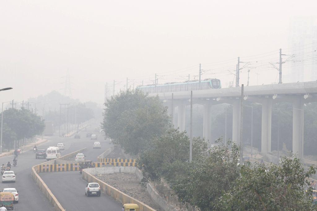 Noida: A blanket of smog engulfs Noida on Oct 31, 2019. (Photo: IANS)