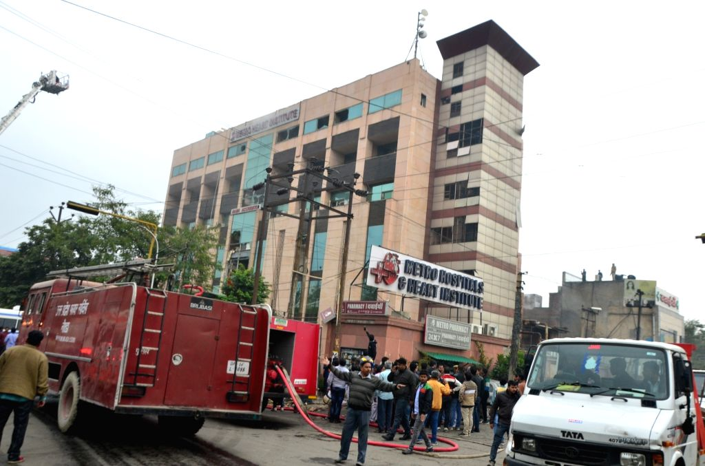 Noida: Firefighting operations underway at the Metro Hospital where a massive fire broke out, in Noida Sector 12 on Feb 7, 2019. According to sources, the fire broke out on the second floor of the hospital. Many patients are said to be trapped and ef