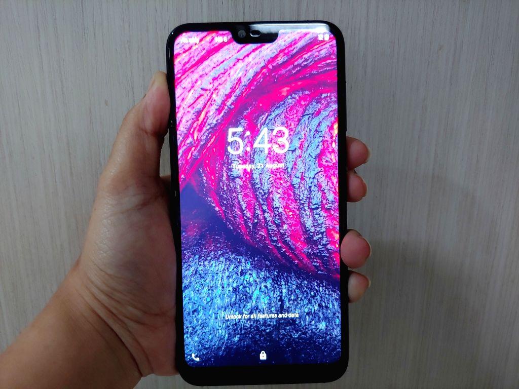 :Nokia 6.1 Plus.