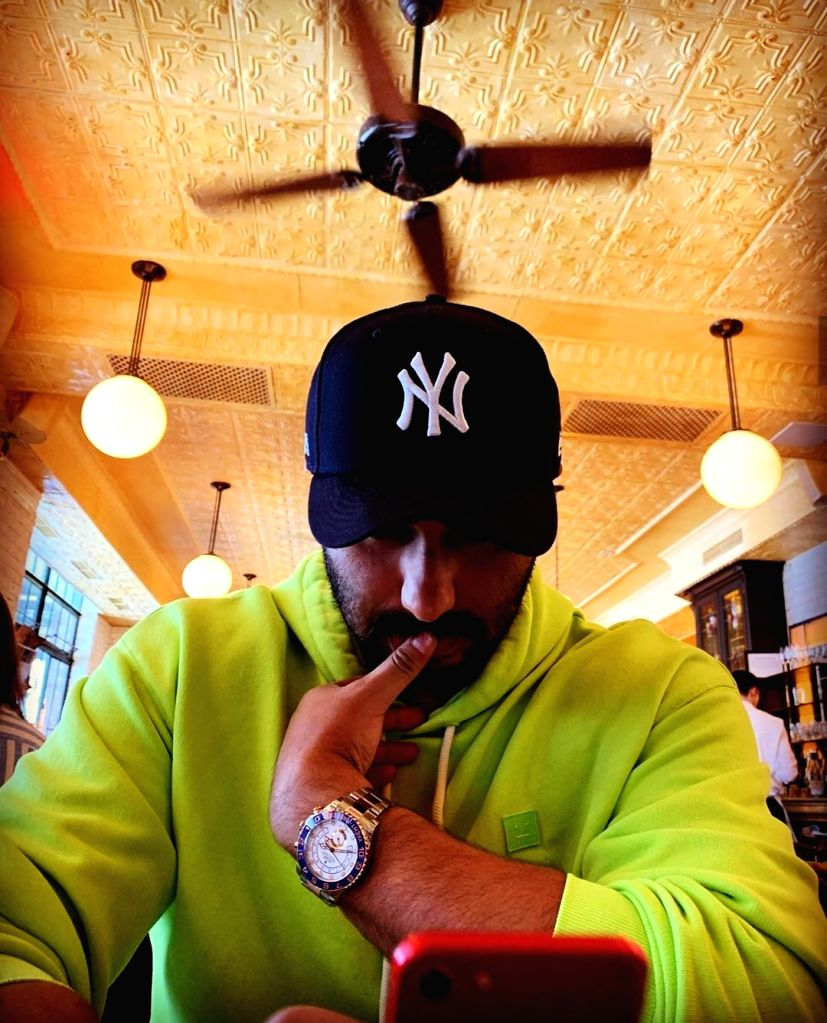 Not for his movies or his love life, this time actor Arjun Kapoor is being widely talked about for his luxurious watch. Vacationing in New York a few days ago, Arjun posted a photograph of himself ... - Arjun Kapoor