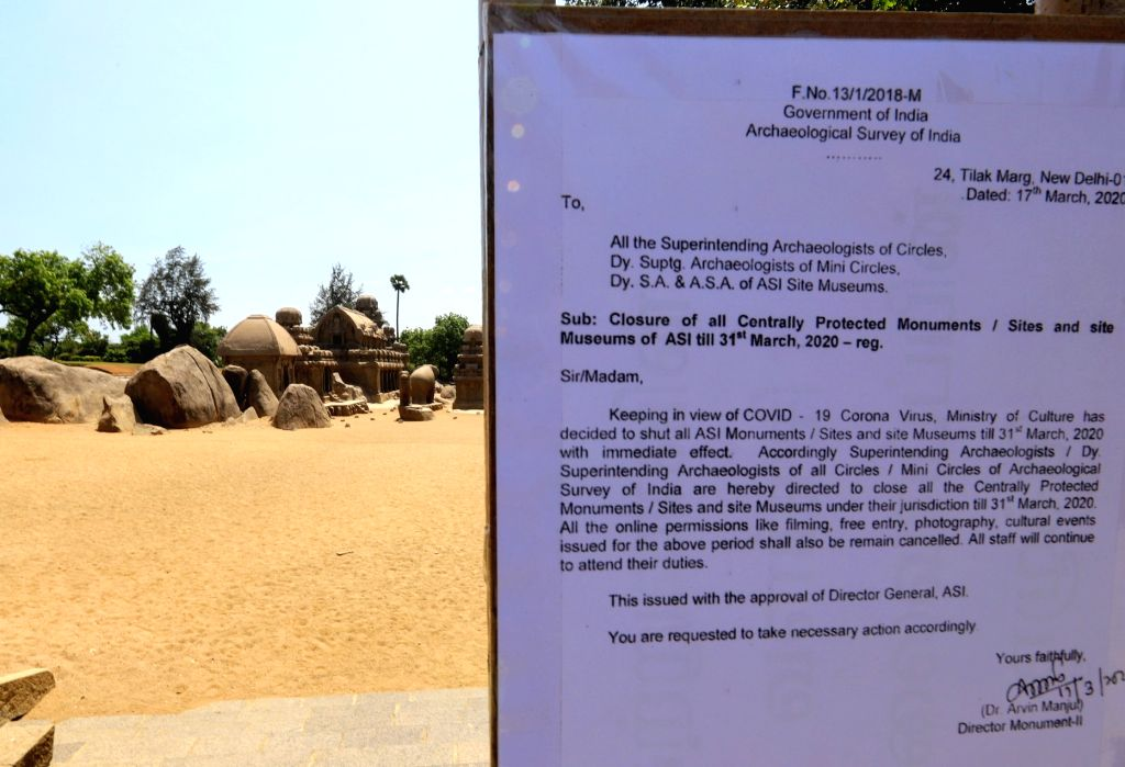 Notice of closure outside Pancha Rathas monument in Mahabalipuram amid COVID-19 outbreak Tamil Nadu, on 19 March, 2020.