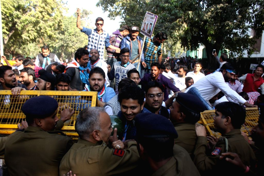 NSUI activists stage a demonstration against demonetisation in New Delhi on Nov 28, 2016.