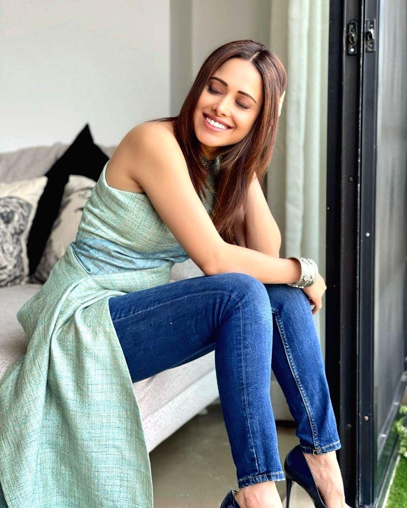 Nushrratt Bharuccha reveals no one trusts her kitchen skills at home!(photo:Instagram)