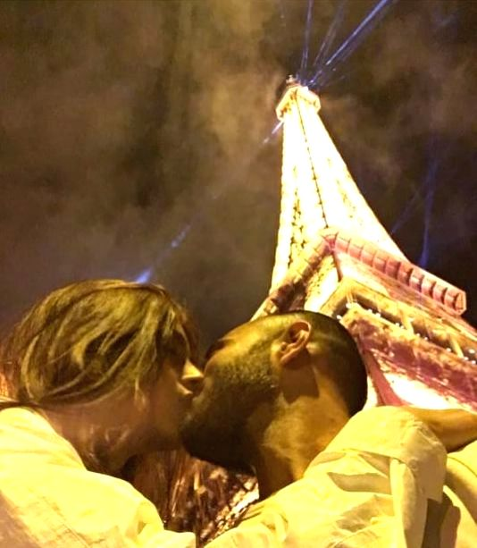 "On Valentine's Day Sonam Kapoor shared a ""cheesy Eiffel Tower picture"" with her hubby Anand Ahuja. In the image, they can be seen kissing each other in front of Paris' Eiffel Tower. - Sonam Kapoor"
