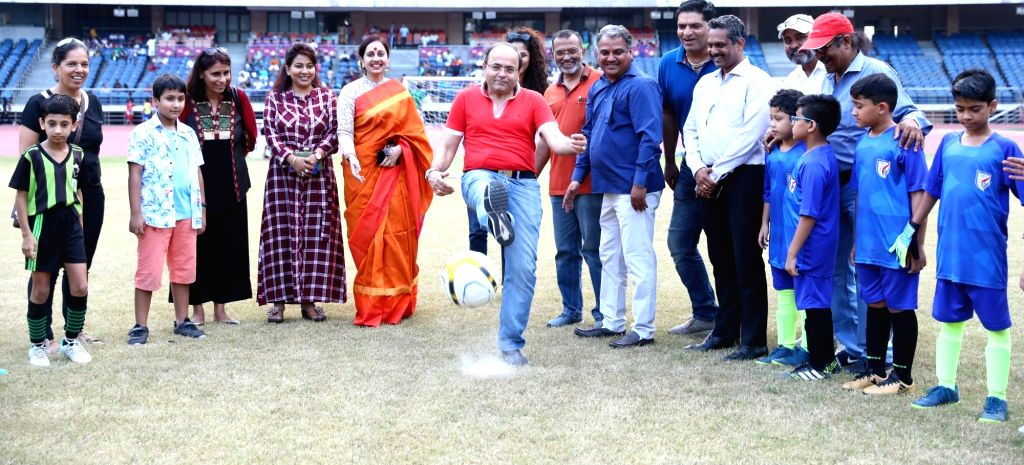 ONGC GM (HR) - Head Corporate Sports Dr. Shivendra Dutt Shukla with the budding young footballers during the launch of the Golden League Season 2 which promises to promote football at the ... - Shivendra Dutt Shukla