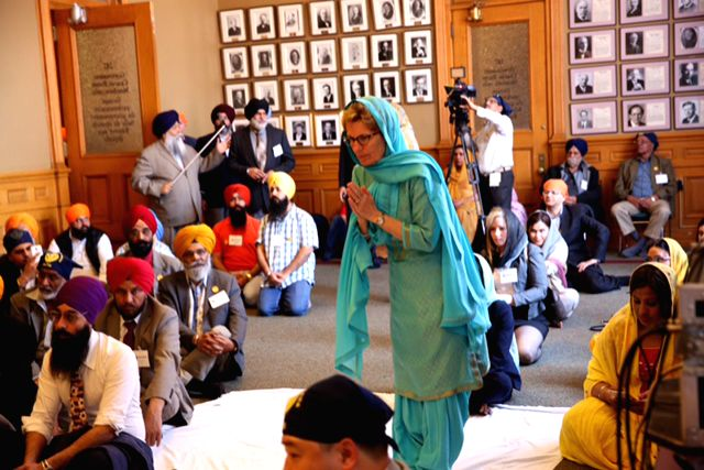 Ontario Premier offers prayers to the Sikh holy Granth at Ontario assembly on April 18