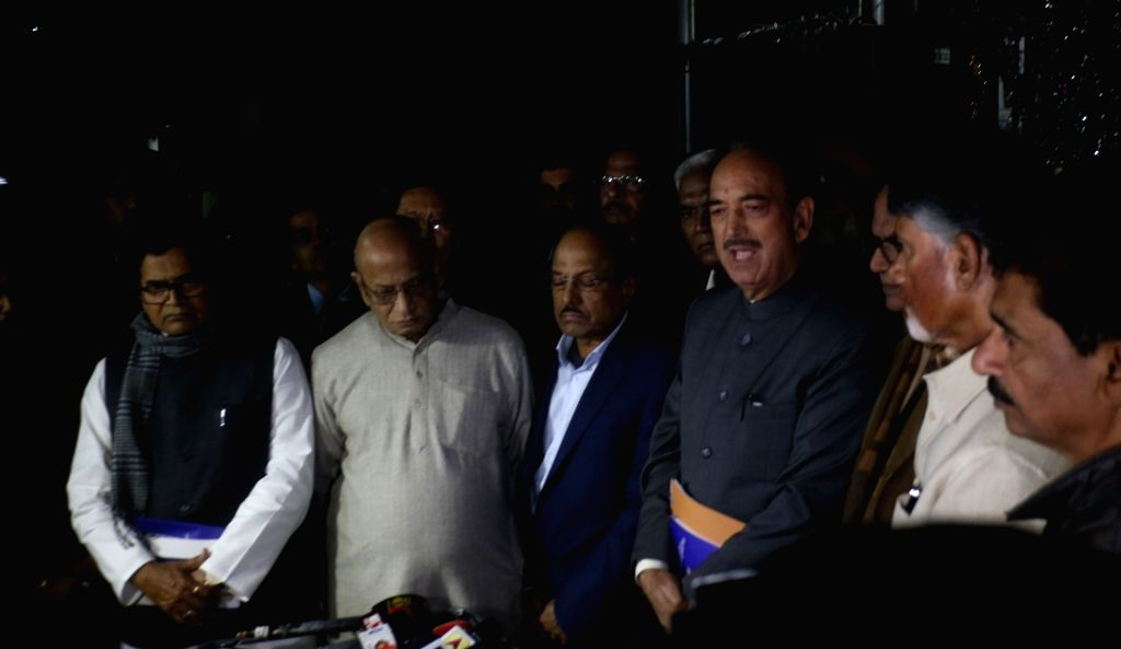Opposition leaders Ghulam Nabi Azad (Congress), Ram Gopal Yadav (SP), D. Raja (CPI) and N. Chandrababu Naidu (TDP) talk to media persons after meeting the Chief Election Commissioner (CEC) ... - Gopal Yadav and N. Chandrababu Naidu