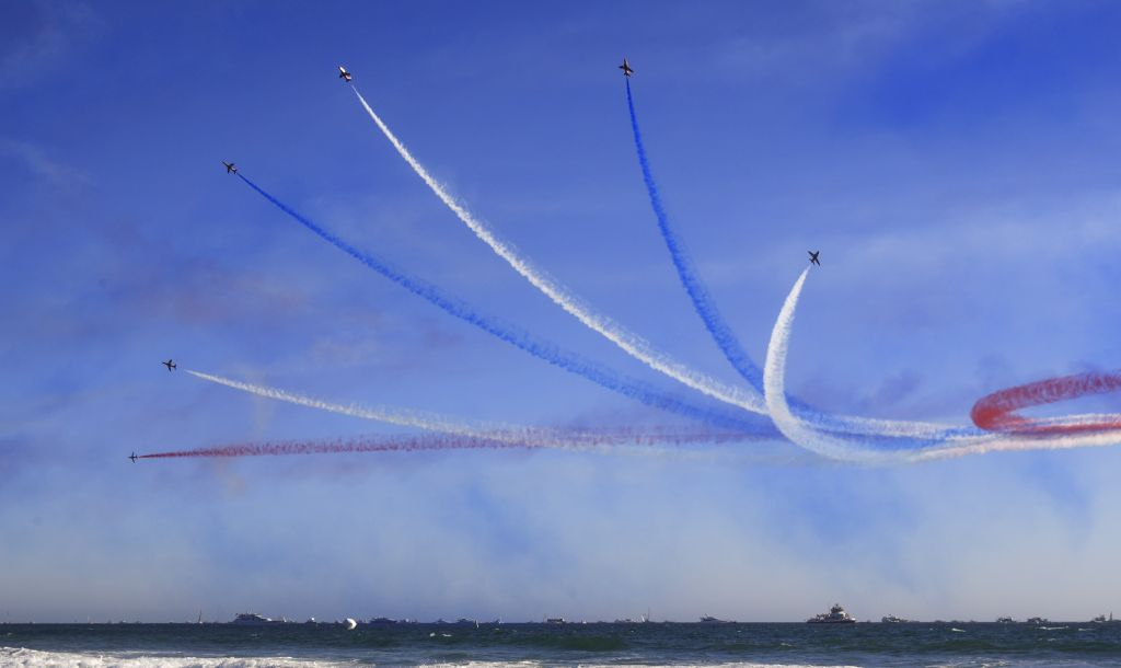 ORANGE COUNTY (U.S.), Oct. 7, 2019 Photo taken on Oct. 6, 2019 shows a view of the Great Pacific Airshow at Huntington Beach, California, the United States.